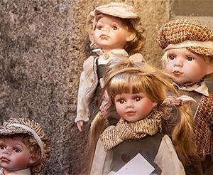 Eine kleine Sammlung von Puppern von frueher