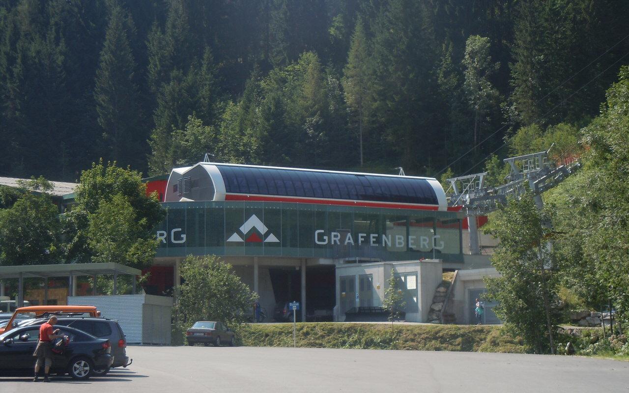 Gondeln der Grafenbergbahn