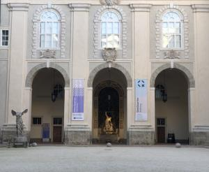 Eingang zum Domquartier in der Residenz Salzburg