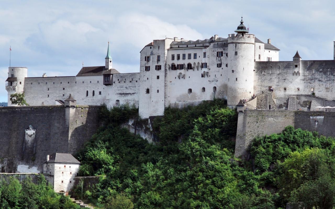 Post photograph of the fortress from Kapitelplatz