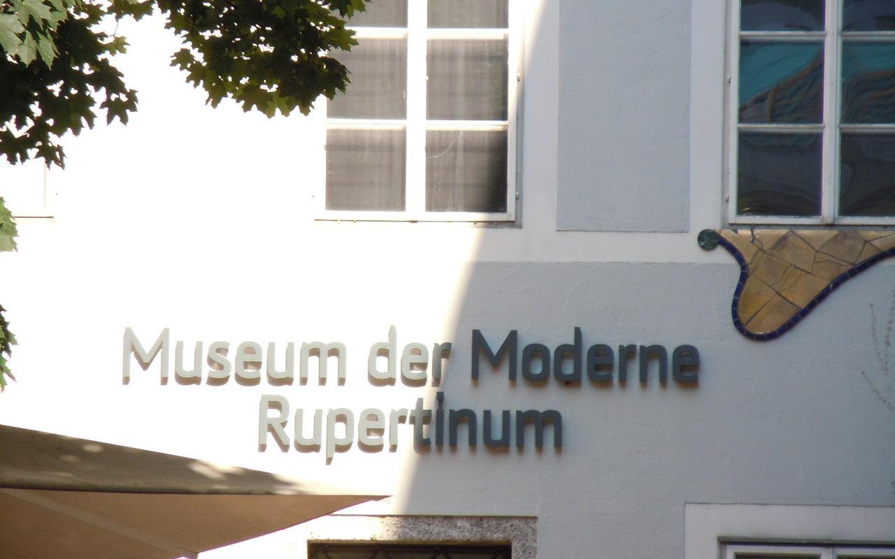 Eingang zum Rupertinum