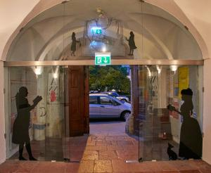 Eingangsbereich Mozart Wohnhaus am Makart Platz