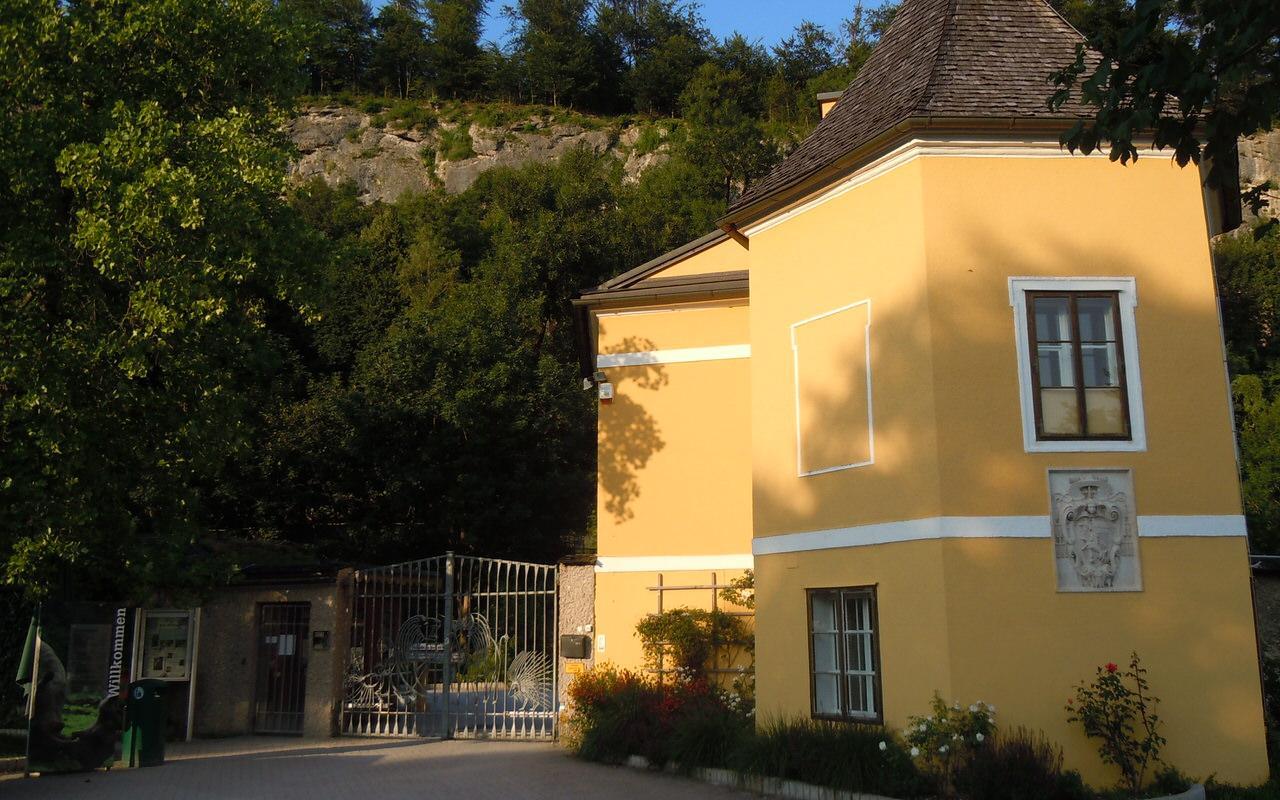 Main entrance Salzburg Zoo